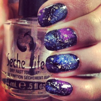 Galaxy Nails via The Collaboreight