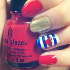 Red, White, & Blue Manicure via The Collabor-eight