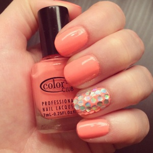 Manicure Monday: More than Glitter via The Collabor-Eight