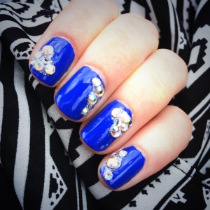 Manicure Monday: Glitz & Glam via The Collabor-Eight