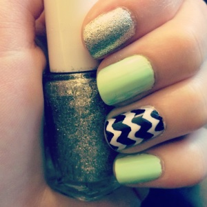 Manicure Monday: Back to Design via The Collabor-Eight