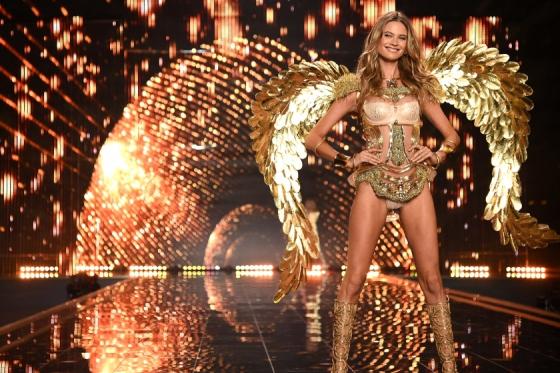 2014 Victoria's Secret Fashion Show - Show